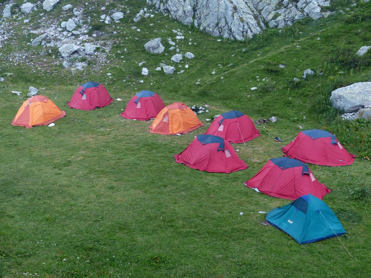camp-182951_1280