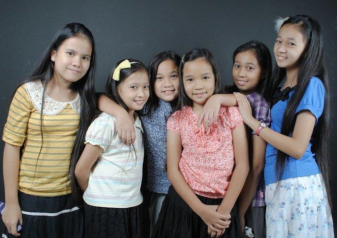 girls-105497_1280