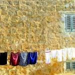 黄砂時期の洗濯対策は部屋干しが最強!生乾きや生乾き臭を防ぐ方法とは?