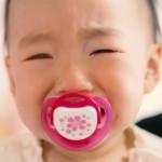 母乳を飲み過ぎる新生児、もしかしたら過飲症候群かも!泣き止まない原因はソレかも!