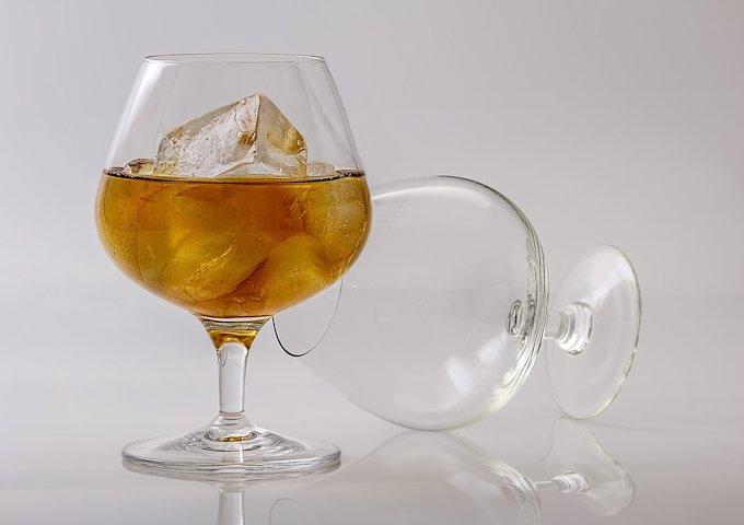brandy-402572_1280