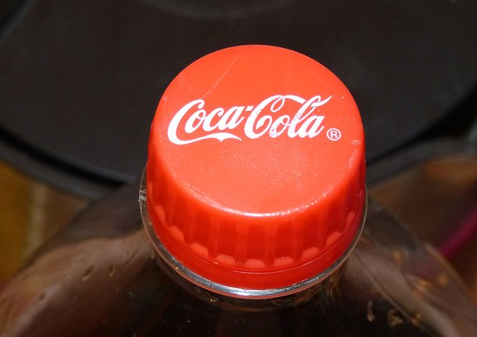 coca-cola-237880_1280