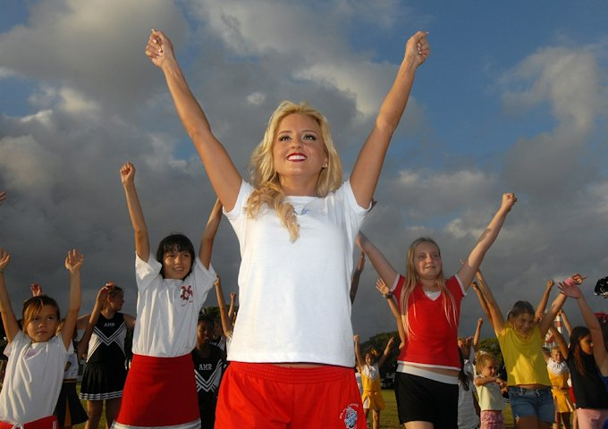cheerleader-622894_1280