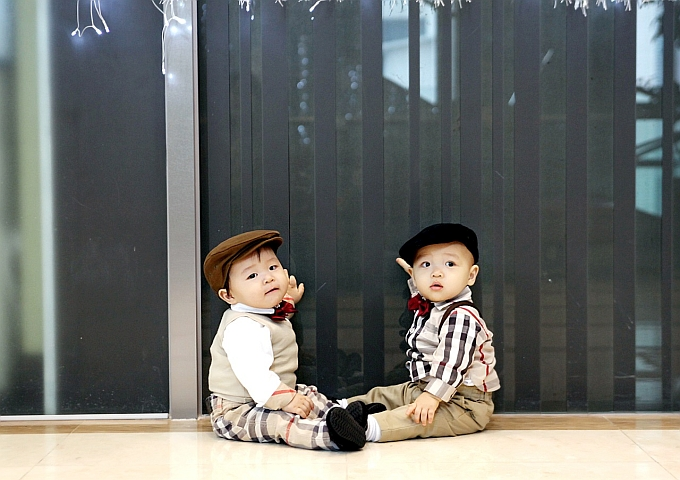 twins-1169067_1280