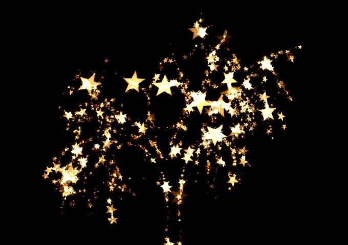 fireworks-346900_1280