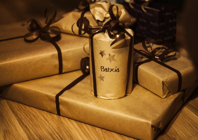 gifts-932349_1280