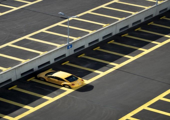 car-1391960_1280