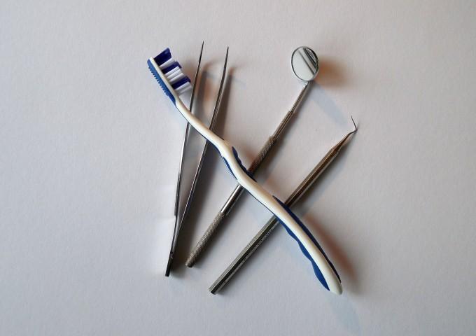 dentist-674655_1920