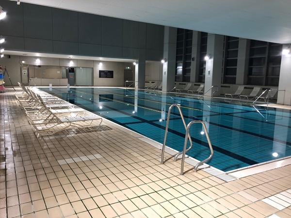 marriott-pool03